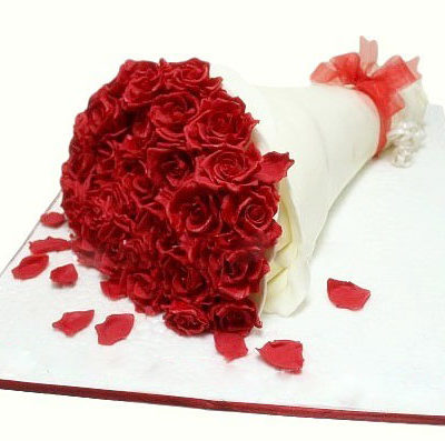 Bouquet Anniversary Cake. Free Delivery in Lahore