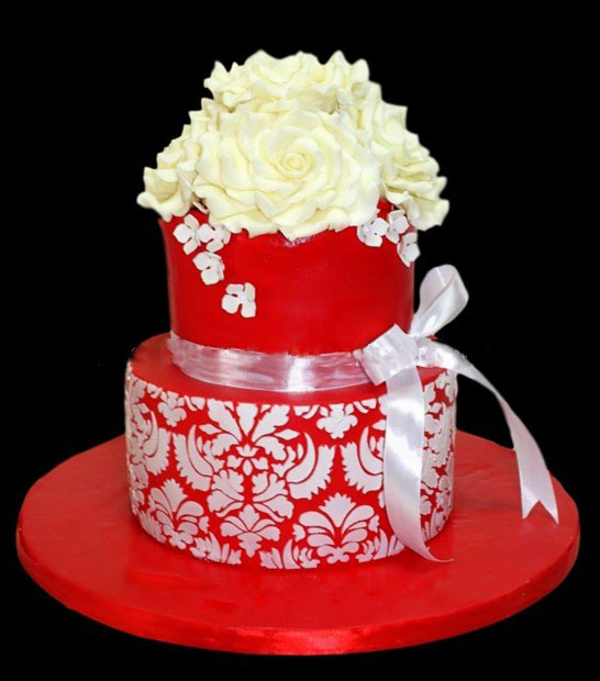 Lamya Anniversary Cake Free delivery in Lahore