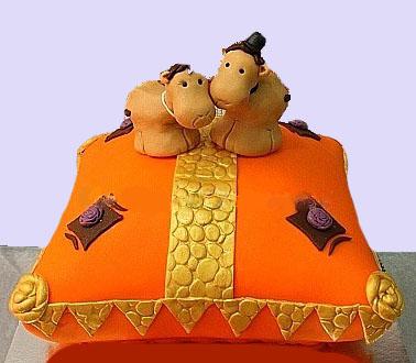 Pillow Camels Cake
