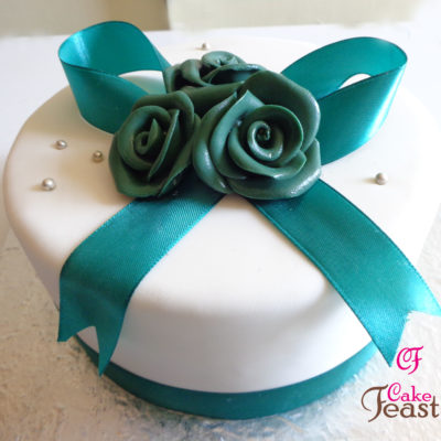 Green Rose Birthday Cake in Lahore
