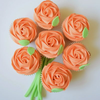 Orange Rose Bouquet Mother's Day Cupcake in Lahore
