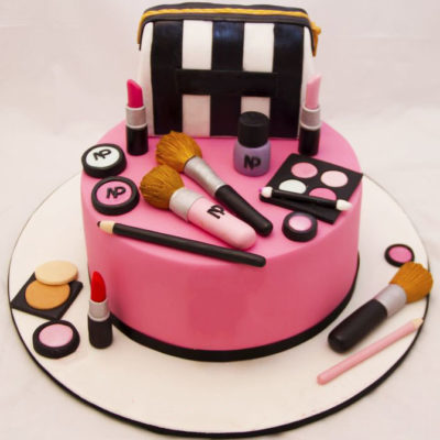 Birthday Makeup Cake in lahore