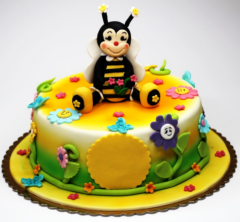 Bee Birthday Cake in lahore