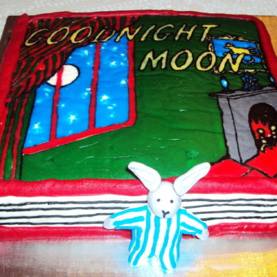 Goodnight Moon Cake in lahore