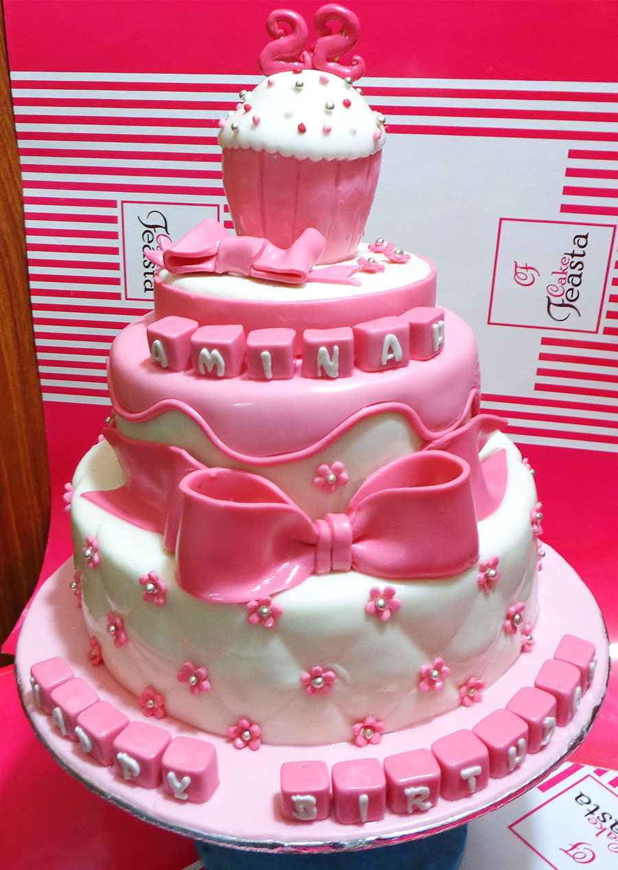 Amazing Decorating Pink Birthday Cake in Lahore