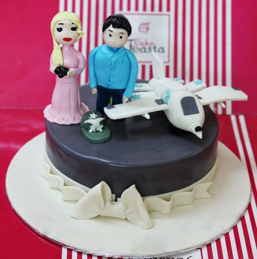 Pilot Wedding Cake in Lahore