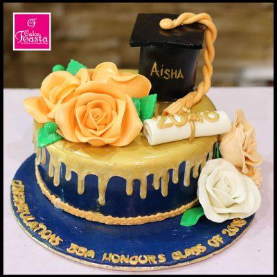 Girls Graduation Theme Cake